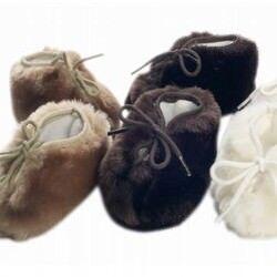 Minimink faux fur baby booties