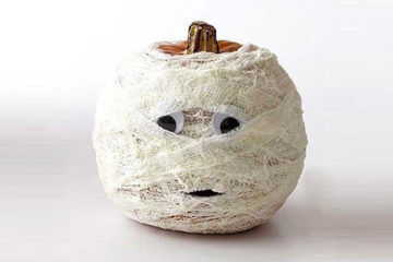 Halloween crafts: mummy pumpkin