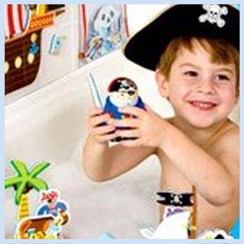 alex-toys_pirates_FI