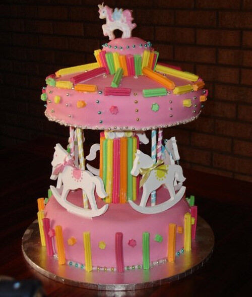 Carousel cake by Peta-Lee Bartlett
