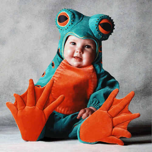 Kids' costumes: frog