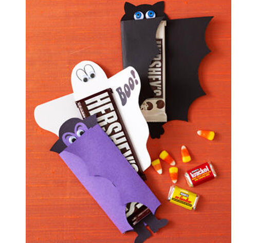 Halloween crafts: chocolate bar wrappers