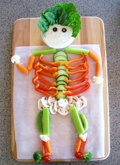 Halloween food: veggie skeleton