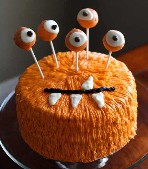 Halloween food: monster cake