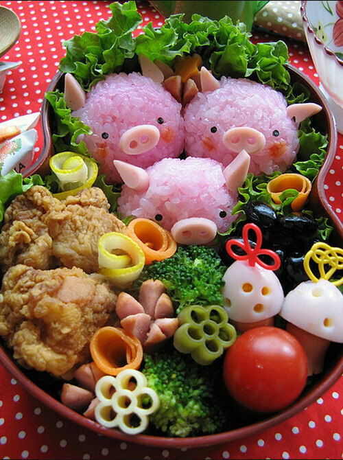 Kids food: Three Little Pigs bento box
