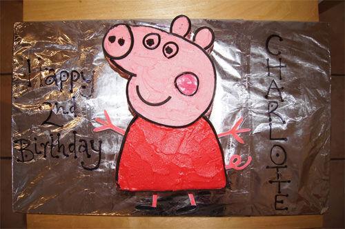 Peppa Pig cake by Leesa Hein