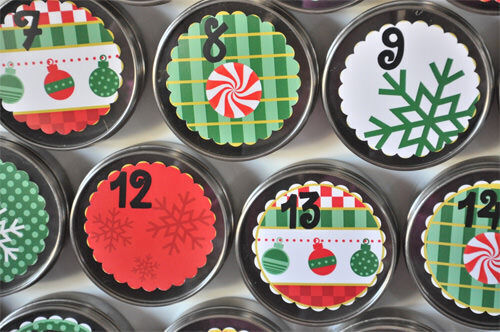 Advent calendar: magnetic spice jars