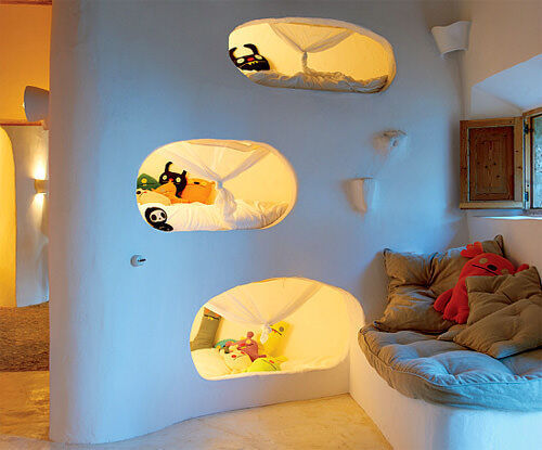 Bunk beds: cave