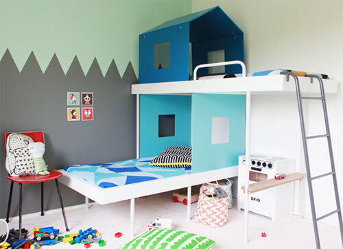 Bunk beds: cubby house