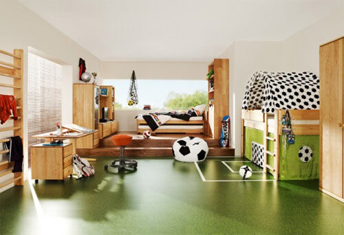 Bunk beds: soccer theme