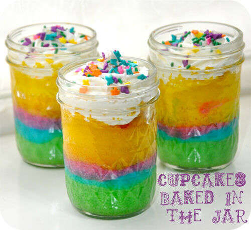 Rainbow cupcakes cooked in a jar