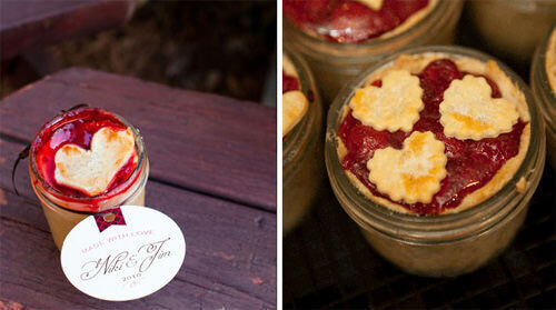 Pies cooked in a jar