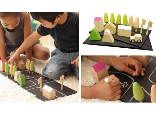 'Machi' wooden chalkboard town play set