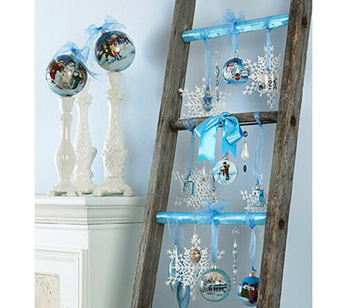 Christmas decor: ladder with baubles