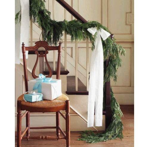 Christmas decor inspiration: stair bannister