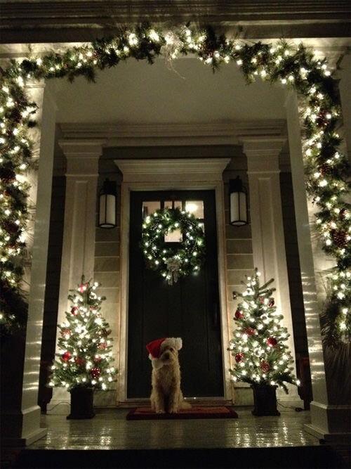 Christmas decor: fairy lights porch