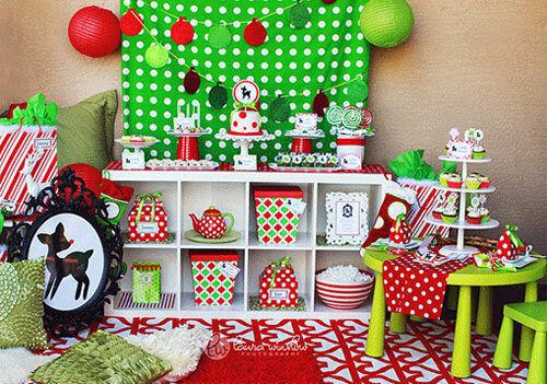 Christmas decor: kids' table