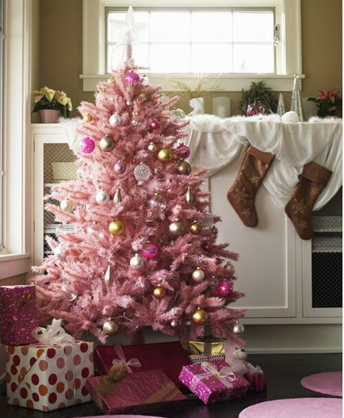 Christmas tree decor: pink Christmas tree
