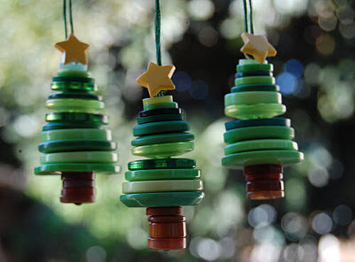 Christmas craft - button trees