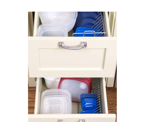 Use wire CD racks to organise your tupperware lids