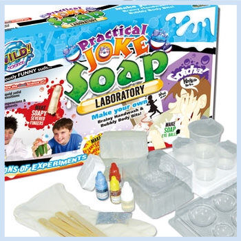 practical-joke-sopa-kit_FI