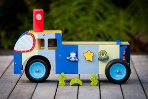 Mocka wooden ride on truck