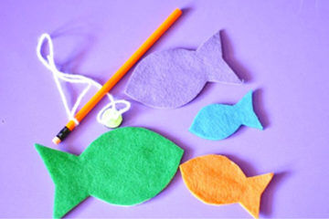 Toddler busy bag ideas including felt fish