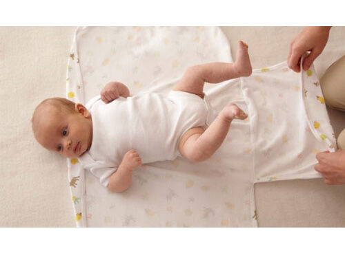 Gro-swaddle fitted baby wraps