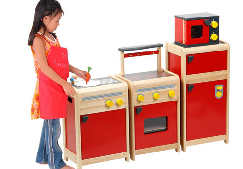 Voila Toys play kitchen
