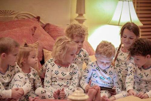 Smart PJs - pyjamas that read you bedtime stories