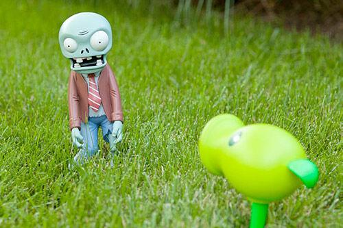 zombie-garden-ornaments
