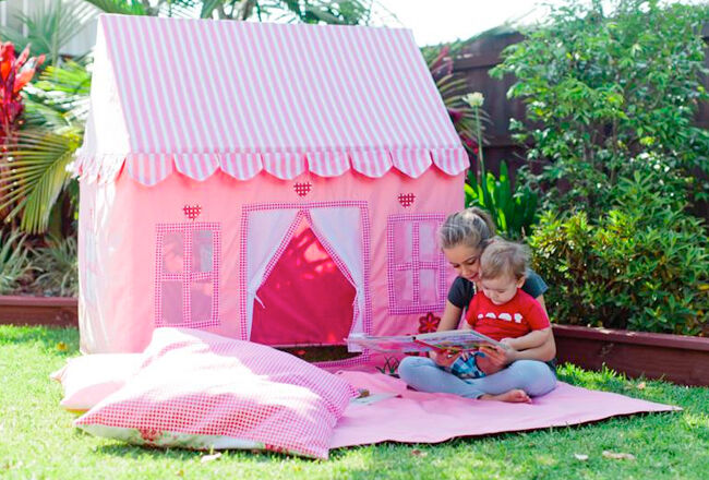 Mocka Play House & 21 cool cubby houses and awesome play houses