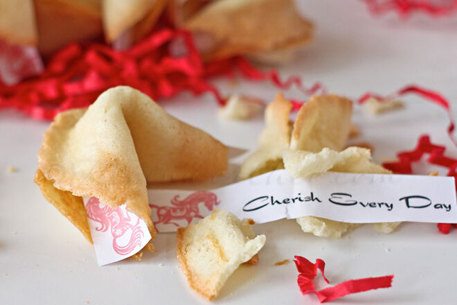 Make your own fortune cookie