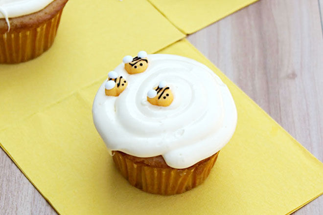 Honey Vanilla Cupcakes