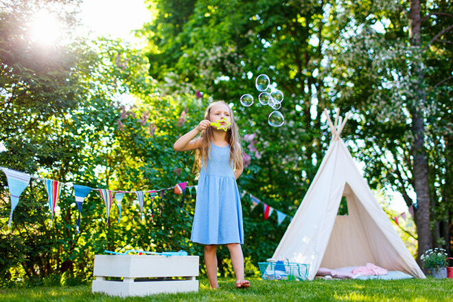 Backyard Landscaping Ideas Kid Friendly : Kid friendly garden ideas