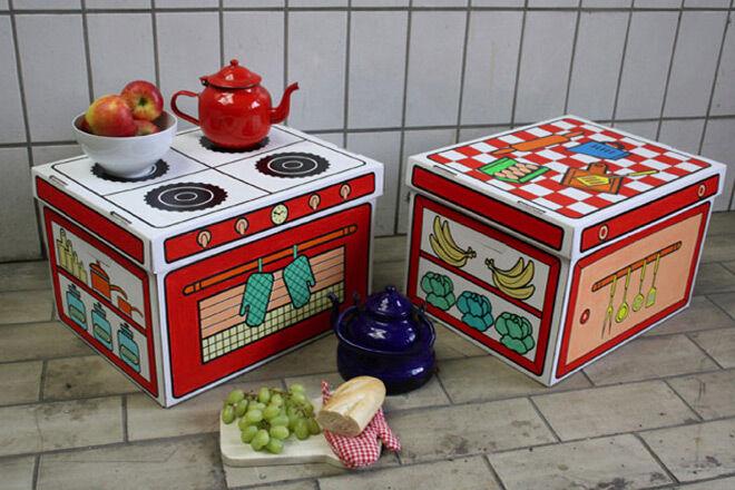 Villa carton kitchen