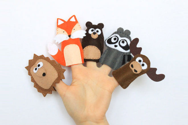 Fill an Advent Calendar with Finger Puppets