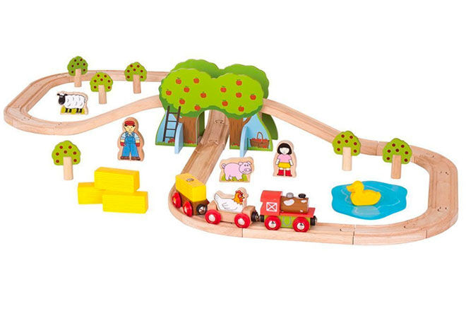 44piece wooden train set, Bigjigs
