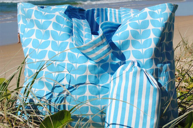 6 fabulous family-sized beach bags | Mum's Grapevine