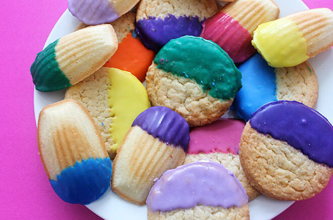DYI colour dipped cookies