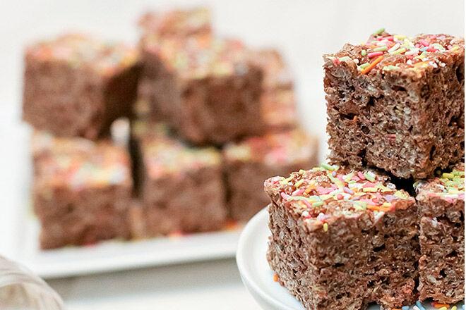 Chocolate Rice Kispie Squares