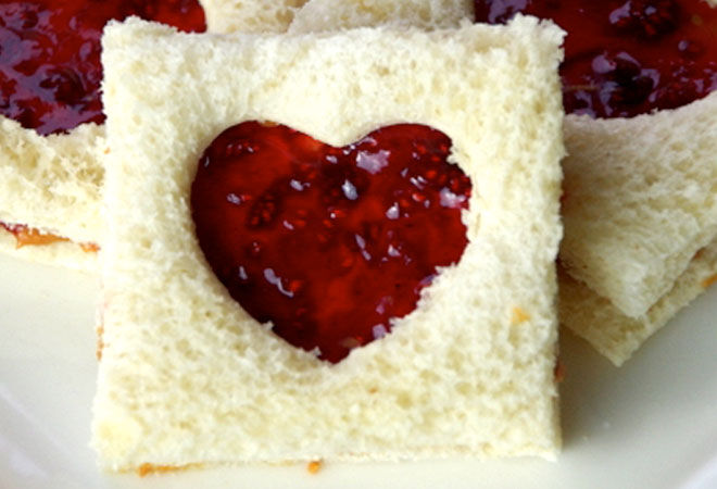 Heart Jam Sandwiches