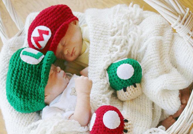 Newborn baby Mario and Luigi hats