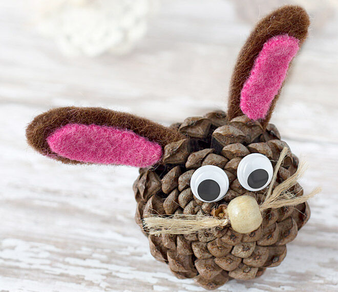 Autumn Crafts Pinecone Bunny