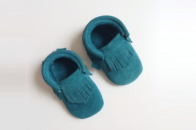 20 pre-walker baby shoes for teeny tiny tootsies