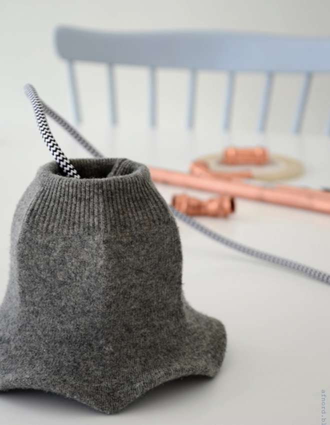 upcycle jumper lampshade