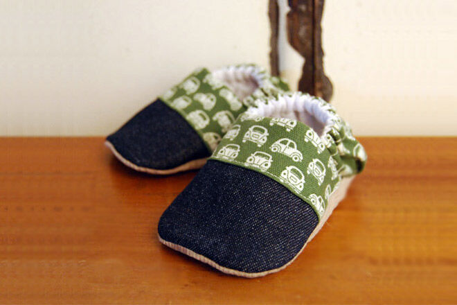 VW car baby shoes