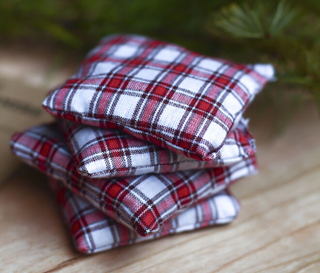 Making hand warmers out of flannel. Things to do with your old winter woolies.