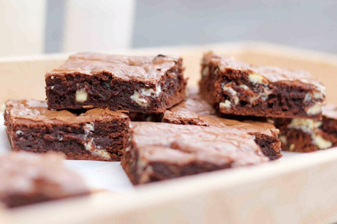 Easy brownie recipe with nutella and white chocolate