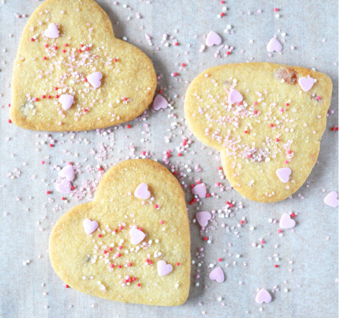 Sweet heart shaped biscuits to bake on Mother's Day